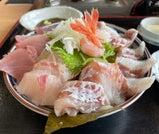 絶景と温泉に癒され、海鮮料理を満喫する富山の旅