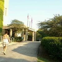 Foto tirada no(a) Norris University Center por Melanie D. em 7/1/2012