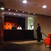 Снимок сделан в Shelburne Hotel & Suites by Affinia пользователем Kurt D. 8/25/2012