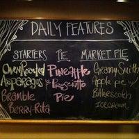รูปภาพถ่ายที่ Fireside Pies โดย Fireside Pies เมื่อ 4/23/2012