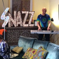 Photo prise au Hotel Carlton par Mike R. le7/11/2012