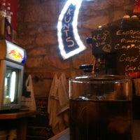 Foto diambil di Bar Loco oleh Saravanan pada 6/30/2012