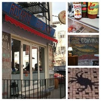 Photo prise au Rosarito Fish Shack par Katey K. le2/24/2012