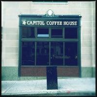 Foto scattata a Capitol Coffee House da Sousou B. il 8/22/2012