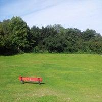 Das Foto wurde bei Volkspark Hasenheide von Tobias L. am 7/23/2012 aufgenommen