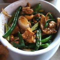 Снимок сделан в Lulu's Thai Noodle Shop пользователем Megan M. 8/13/2012