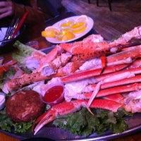 Foto diambil di King Crab Tavern & Seafood Grill oleh Pam V. pada 2/2/2012