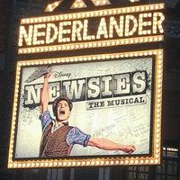 รูปภาพถ่ายที่ Nederlander Theatre โดย Trevor K. เมื่อ 4/15/2012