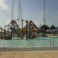 Photo prise au Wet 'n Wild par Alejandra A. le4/3/2012
