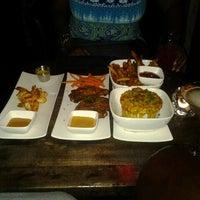 8/18/2012 tarihinde Samantha S.ziyaretçi tarafından Cove Lounge'de çekilen fotoğraf