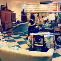 5/25/2012에 Cindy T.님이 Cure Thrift Shop에서 찍은 사진