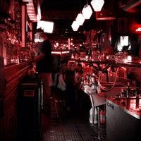 8/10/2012에 Ryan D.님이 Easy Bar에서 찍은 사진