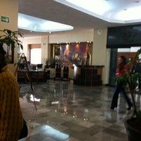 Foto tomada en Guadalajara Plaza Ejecutivo López Mateos por Hugo O. el 2/3/2012