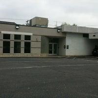 Foto tirada no(a) TD Bank por Saayied H. em 5/4/2012
