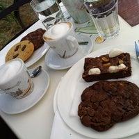 รูปภาพถ่ายที่ Cremme Zagreb โดย banshee เมื่อ 8/8/2012
