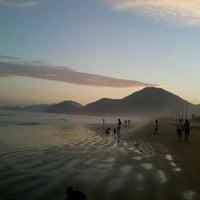 Foto tomada en Praia do Arpoador por Renata L. el 3/11/2012
