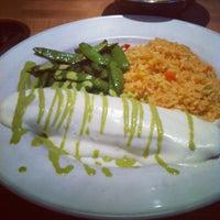 Photo prise au Cantina Laredo par Demi le5/21/2012