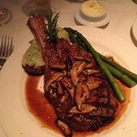 Photo prise au Cadot Restaurant par Lee H. le4/28/2012