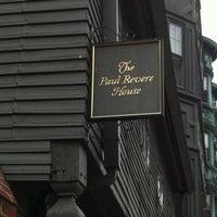 Foto scattata a Paul Revere House da Sarah P. il 7/25/2011