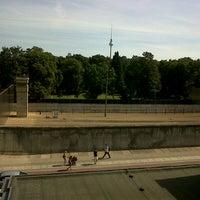 Снимок сделан в Мемориальный комплекс «Берлинская стена» пользователем Rigo P. 8/18/2012