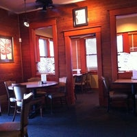 Das Foto wurde bei Hyde Park Bar & Grill von Park S. am 1/20/2011 aufgenommen