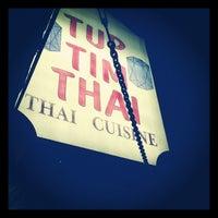 รูปภาพถ่ายที่ Tup Tim Thai โดย Rob H. เมื่อ 12/7/2011