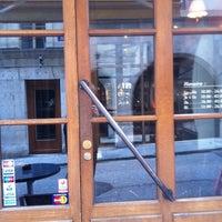 4/25/2012에 Gilles D.님이 Demi Lune Café에서 찍은 사진