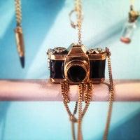 Das Foto wurde bei Tamp & Stitch von Neil B. am 7/3/2012 aufgenommen
