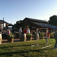 Das Foto wurde bei Larson Family Winery von SomethingAboutSonoma am 7/19/2012 aufgenommen