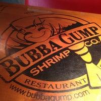 Foto diambil di Bubba Gump Shrimp Co. oleh Luca pada 8/20/2012