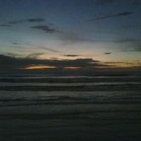 Foto tomada en Praia do Arpoador por Ramalho J. el 1/21/2012
