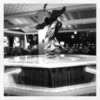 Снимок сделан в The Ritz-Carlton Chicago пользователем Meagan B. 3/9/2012