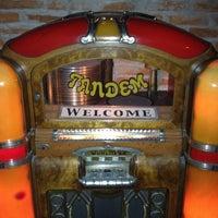 รูปภาพถ่ายที่ Tandem Pub โดย Jero E. เมื่อ 4/25/2012