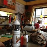 Foto tirada no(a) Patati Patata por Andrés G. em 4/27/2012