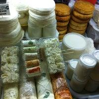 Снимок сделан в Дорогомиловский рынок пользователем Valeriya K. 2/28/2012