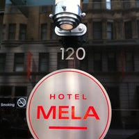 Foto tomada en Hotel MELA por Koenie el 5/21/2011