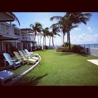 9/2/2012 tarihinde Lauren B.ziyaretçi tarafından Southernmost Beach Resort'de çekilen fotoğraf