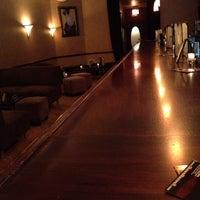 Photo prise au M Lounge par Shawn M. le7/10/2012