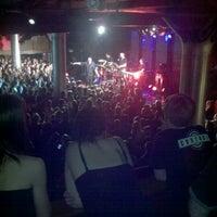 รูปภาพถ่ายที่ Paradise Rock Club โดย Katesha C. เมื่อ 12/5/2011