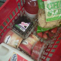 11/16/2011 tarihinde Omar C.ziyaretçi tarafından Farmer Joe's Marketplace'de çekilen fotoğraf