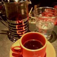 Photo prise au Chazzano Coffee Roasters par Rich J. le1/3/2012