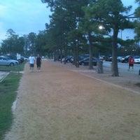 Das Foto wurde bei Memorial Park 3 Mile Trail von Marian L. am 5/16/2012 aufgenommen
