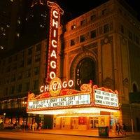 Das Foto wurde bei The Chicago Theatre von aneel . am 8/31/2012 aufgenommen