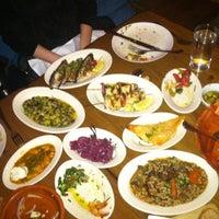 3/26/2012 tarihinde Adamziyaretçi tarafından Kanella: Greek Cypriot Kitchen'de çekilen fotoğraf