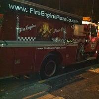Das Foto wurde bei Fire Engine Pizza Company von Fredo am 7/8/2012 aufgenommen
