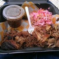 Das Foto wurde bei Curley's Q BBQ Food Truck & Catering von Brian G. am 3/30/2012 aufgenommen
