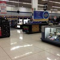 Foto tomada en Walmart por Lu C. el 2/9/2012