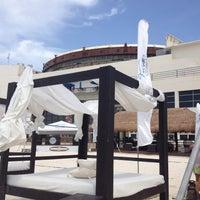 Das Foto wurde bei Forum Beach Club von Elias A. am 6/9/2012 aufgenommen