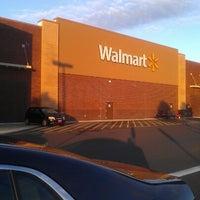 Foto scattata a Walmart Supercenter da MsTricey_ 1. il 9/9/2012