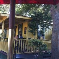 รูปภาพถ่ายที่ Hidden House Coffee โดย Hannah O. เมื่อ 8/18/2012